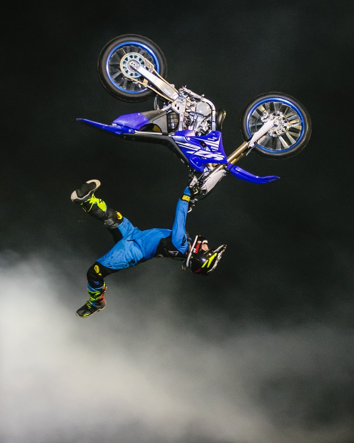 heelclicker fmx stunt